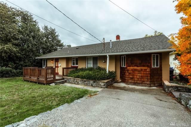 225 SE O'leary St, Oak Harbor, WA 98277 (#1524985) :: The Kendra Todd Group at Keller Williams