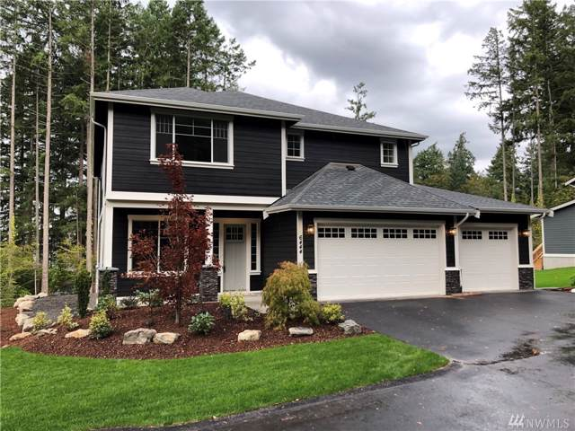 6444 NE Hidden Cove Rd, Bainbridge Island, WA 98110 (#1525894) :: Crutcher Dennis - My Puget Sound Homes
