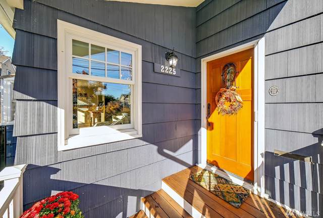 2225 11th Ave E, Seattle, WA 98102 (#1525947) :: Alchemy Real Estate