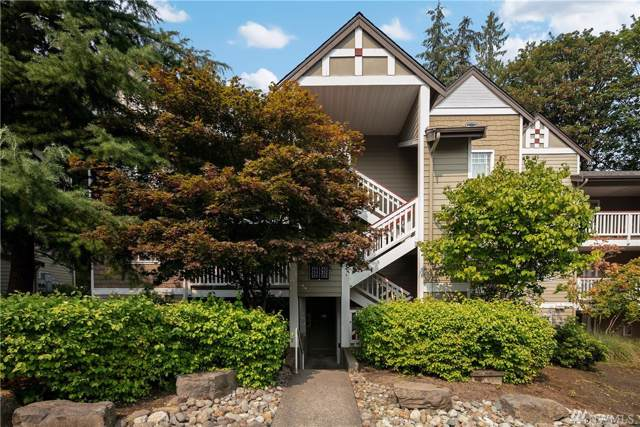 18501 SE Newport Wy M-151, Issaquah, WA 98027 (#1526539) :: Real Estate Solutions Group
