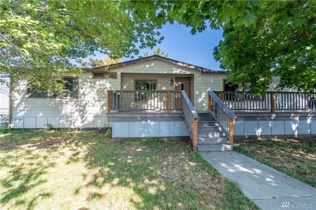 311 E Okanogan, Chelan, WA 98816 (#1526564) :: Real Estate Solutions Group