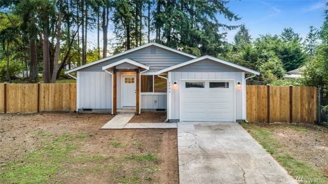 2406 C St, Steilacoom, WA 98388 (#1526745) :: The Kendra Todd Group at Keller Williams