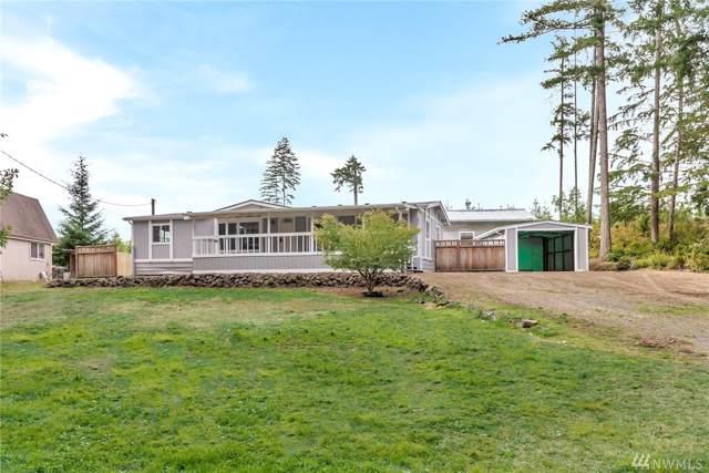 250 E Emerald Lake Dr W, Grapeview, WA 98546 (#1527099) :: Chris Cross Real Estate Group