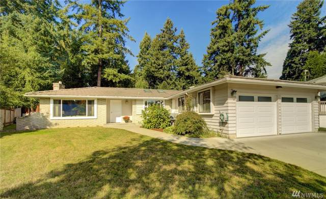 17529 93rd Ave NE, Bothell, WA 98011 (#1527241) :: KW North Seattle
