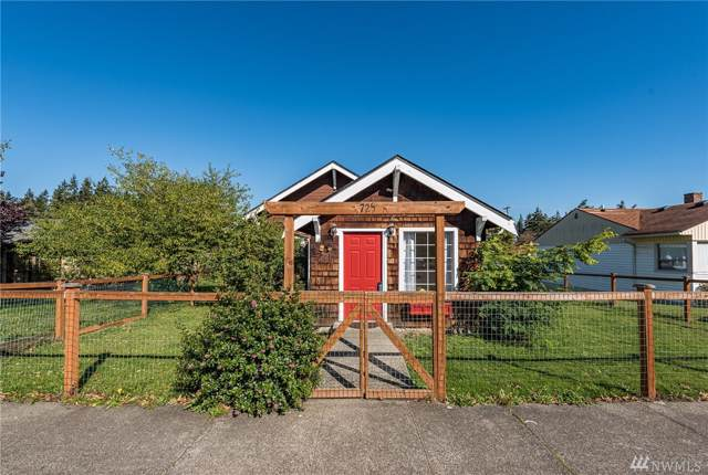 725 E 5th St, Port Angeles, WA 98362 (#1527382) :: Chris Cross Real Estate Group
