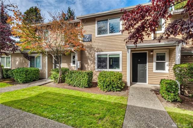 1222 S 238th Lane #704, Des Moines, WA 98198 (#1527411) :: Lucas Pinto Real Estate Group