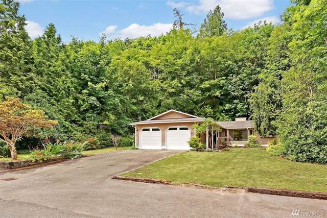 17065 35th Ave NE, Lake Forest Park, WA 98155 (#1527432) :: KW North Seattle