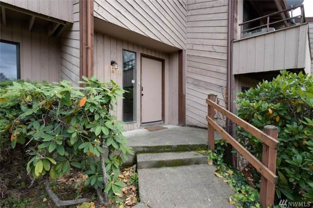 12400 74th Lane S #10, Seattle, WA 98178 (#1527597) :: Real Estate Solutions Group