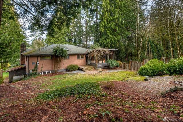 16622 SE Newport Wy, Bellevue, WA 98006 (#1527619) :: Northern Key Team