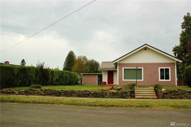 317 Hemlock St, Centralia, WA 98531 (#1527632) :: Record Real Estate