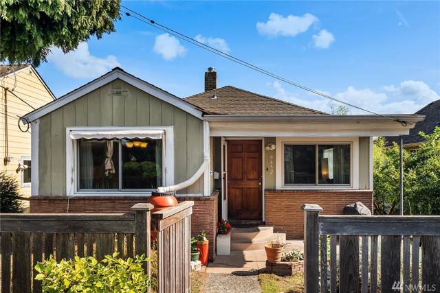 9452 13th Ave SW, Seattle, WA 98106 (#1527773) :: Real Estate Solutions Group