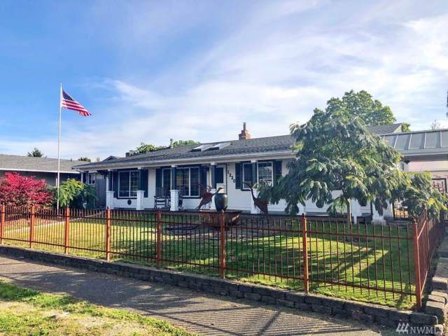 1220 S 92nd St, Tacoma, WA 98444 (#1529040) :: Crutcher Dennis - My Puget Sound Homes