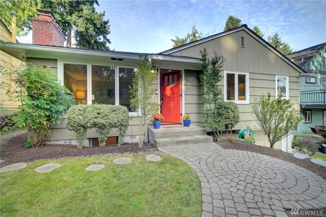 4019 30th Ave W, Seattle, WA 98199 (MLS #1529707) :: Lucido Global Portland Vancouver