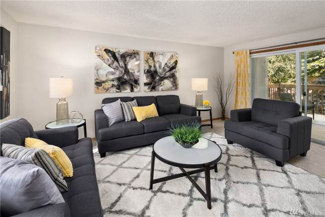 17302 NE 45th St #107, Redmond, WA 98052 (#1529827) :: Real Estate Solutions Group