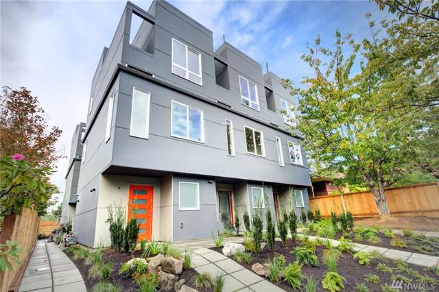 4407-A 44th Ave SW, Seattle, WA 98116 (#1529960) :: Canterwood Real Estate Team
