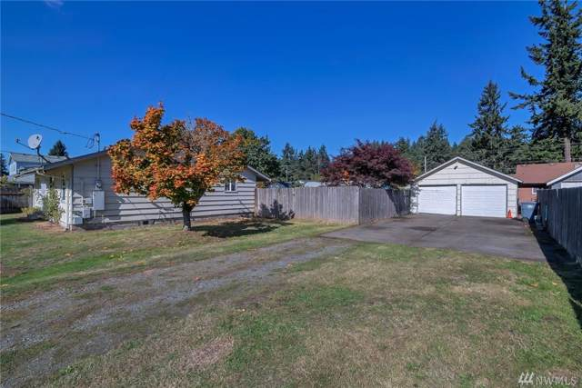 8917 Forest Ave SW, Lakewood, WA 98498 (#1530166) :: Keller Williams Realty