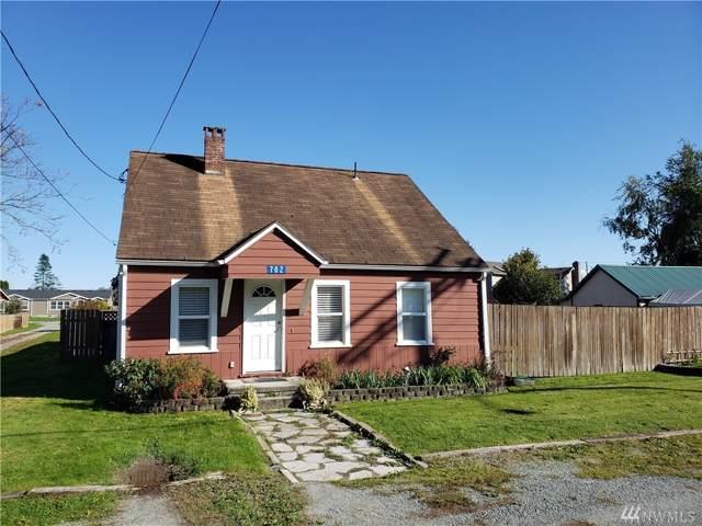 702 N Skagit St, Burlington, WA 98233 (#1530477) :: Chris Cross Real Estate Group