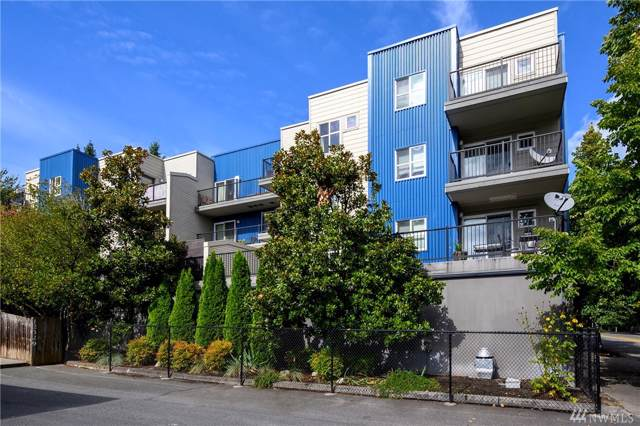 12345 Roosevelt Wy NE #402, Seattle, WA 98125 (#1530509) :: Chris Cross Real Estate Group
