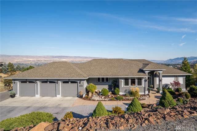 1600 Skyline Dr, Wenatchee, WA 98801 (MLS #1530691) :: Lucido Global Portland Vancouver