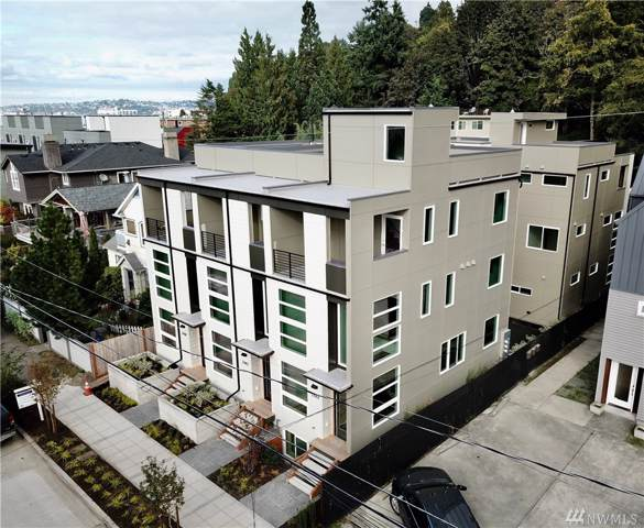 2442 55th Ave SW, Seattle, WA 98116 (#1530826) :: The Kendra Todd Group at Keller Williams