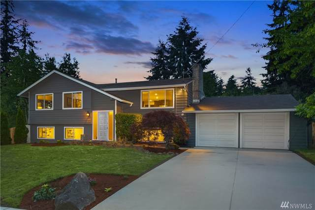 16930 NE 92nd St, Redmond, WA 98052 (#1531137) :: Mosaic Home Group