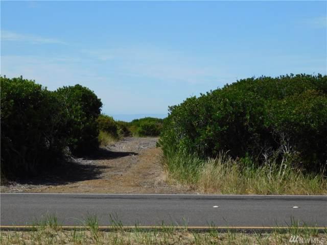 1075 Ocean Shores Blvd SW, Ocean Shores, WA 98569 (#1531233) :: Keller Williams Realty
