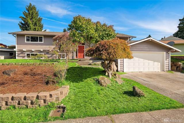 1632 SE Kennewick Ct, Renton, WA 98055 (#1531397) :: Record Real Estate