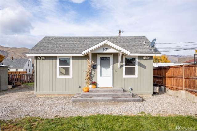 802 Kittitas St, Wenatchee, WA 98801 (#1532002) :: Mosaic Home Group