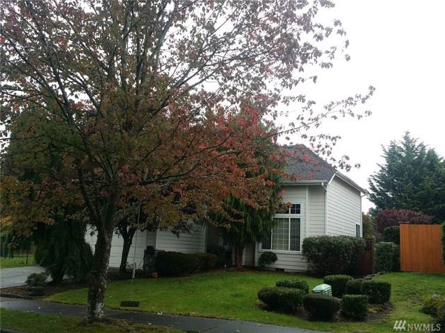 34422 35th Ave SW, Federal Way, WA 98023 (#1532042) :: Hauer Home Team