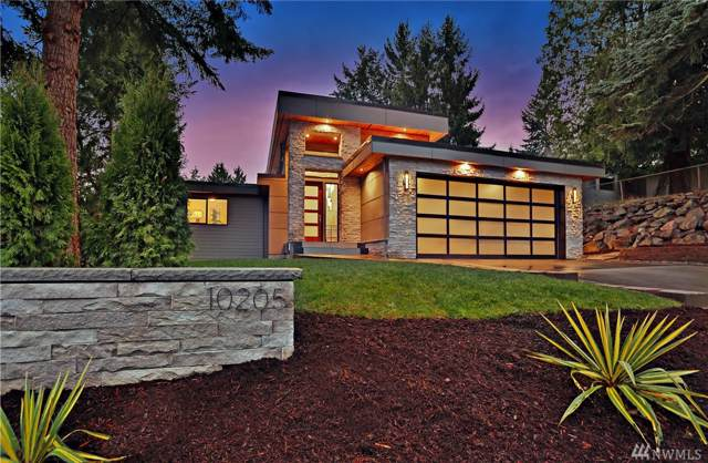10205 NE 24th St, Bellevue, WA 98004 (#1532051) :: Chris Cross Real Estate Group