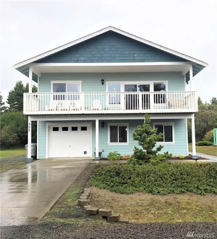 352 S Wynoochee Dr, Ocean Shores, WA 98569 (#1532102) :: Ben Kinney Real Estate Team