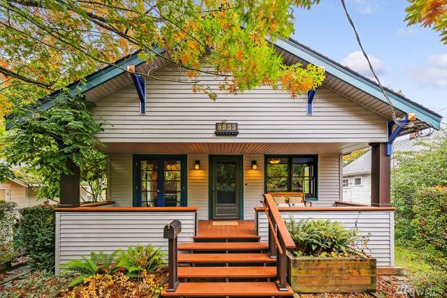 4533 26th Ave SW, Seattle, WA 98106 (#1532287) :: The Kendra Todd Group at Keller Williams