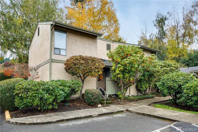 10028 NE 138th Place N1, Kirkland, WA 98034 (#1532400) :: Real Estate Solutions Group