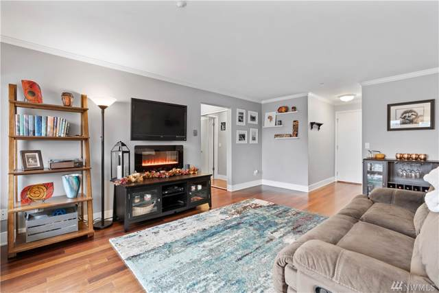 1535 NW 52nd St #202, Seattle, WA 98107 (#1532401) :: Center Point Realty LLC