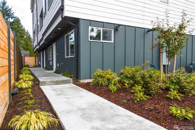 224-A NE 180th St, Shoreline, WA 98155 (#1532822) :: Keller Williams Realty