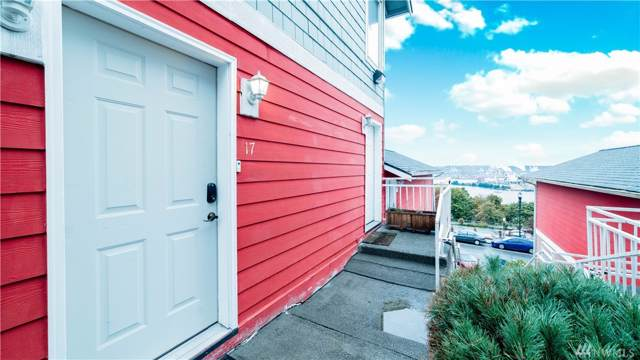 222 Broadway #17, Tacoma, WA 98402 (#1532885) :: Real Estate Solutions Group