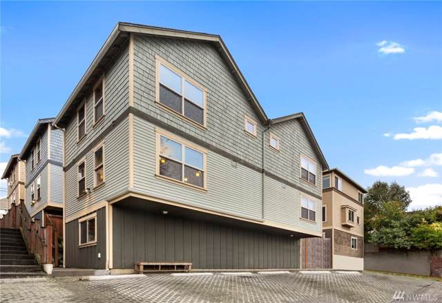 1735 13th Ave S A, Seattle, WA 98144 (#1532969) :: Mike & Sandi Nelson Real Estate