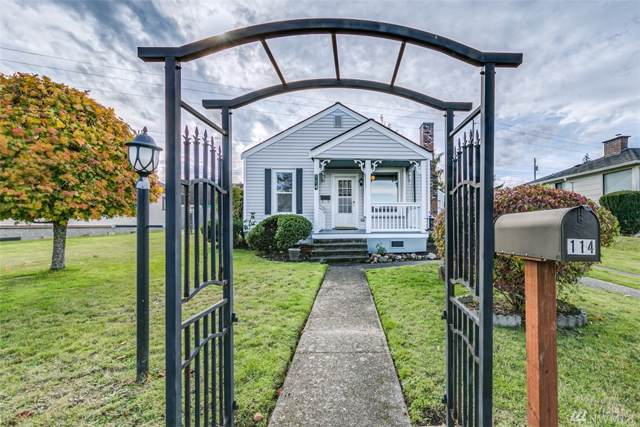 114 W 14th St, Port Angeles, WA 98362 (#1532989) :: The Kendra Todd Group at Keller Williams
