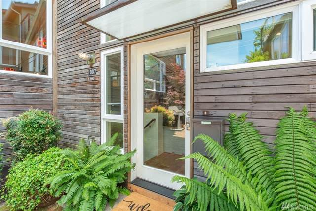 1907 E Pine St, Seattle, WA 98122 (#1533071) :: Beach & Blvd Real Estate Group