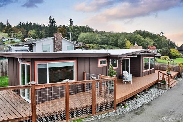 4125 Scatchet View Dr, Clinton, WA 98236 (#1533619) :: The Kendra Todd Group at Keller Williams