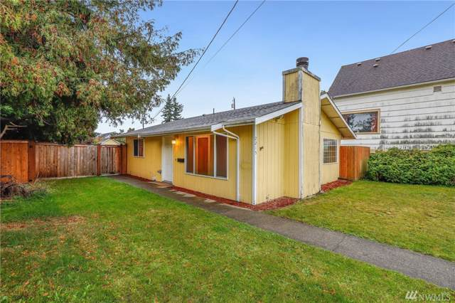 2215 Fulton St, Everett, WA 98201 (#1533892) :: Better Homes and Gardens Real Estate McKenzie Group