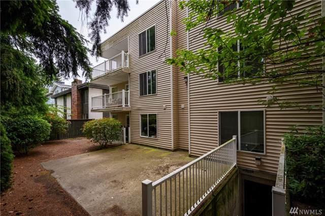10744 Greenwood Avenue N #303, Seattle, WA 98133 (#1534188) :: Mosaic Home Group