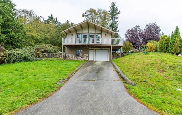 4390 Rhododendron Dr, Oak Harbor, WA 98277 (#1534258) :: Canterwood Real Estate Team