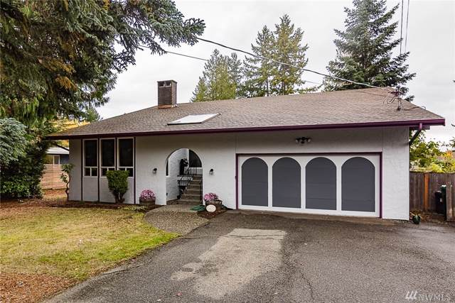 10540 23rd Ave NE, Seattle, WA 98125 (#1534499) :: Keller Williams Realty
