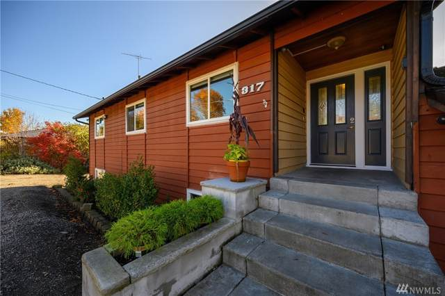 317 S 216th St, Des Moines, WA 98198 (#1534518) :: The Kendra Todd Group at Keller Williams