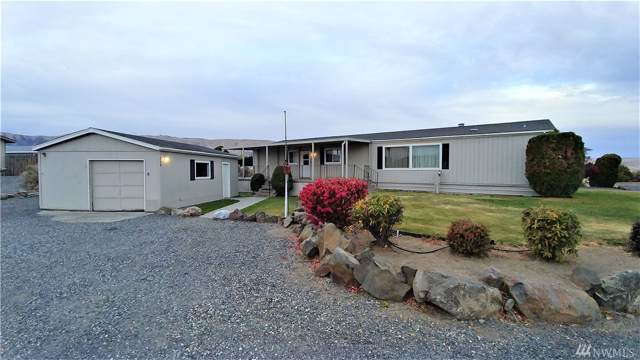 228 Sunshine Cir SW, Mattawa, WA 99349 (#1535913) :: Record Real Estate