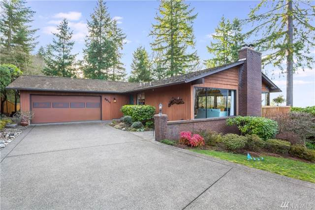 5017 155th Place SE, Bellevue, WA 98006 (#1535997) :: Costello Team