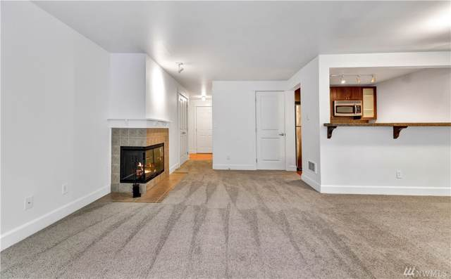 300 N 130th St #3203, Seattle, WA 98133 (#1536169) :: The Kendra Todd Group at Keller Williams