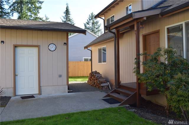 40 N Fairway Dr E, Hoodsport, WA 98548 (#1537000) :: Mosaic Home Group