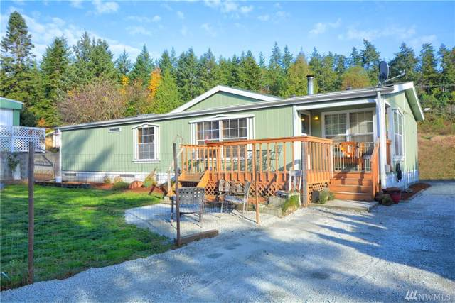 1963 Bartl Dr, Camano Island, WA 98282 (#1537051) :: KW North Seattle